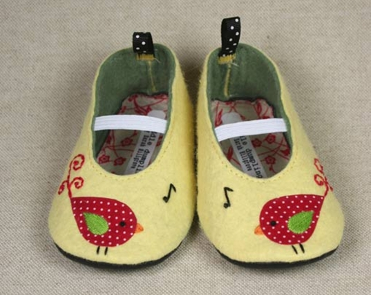 Red-chirp-baby-shoes